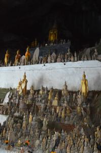 Laos -Pak Ou Caves