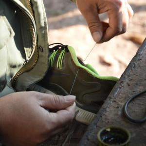Laos - shoe repair